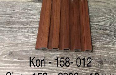 Ốp tường Kori 012 – Tấm ốp lam sóng thấp vân gỗ