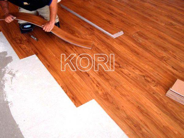 Sàn nhựa Koriforest2