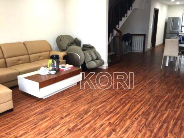 Sàn nhựa Koriforest1